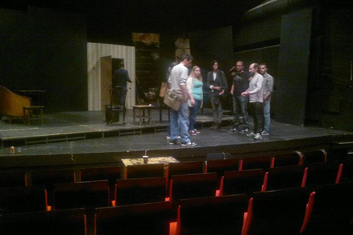 Poseta-studenata-Narodnom-Pozoristu-scena-Rasa-Plaovic